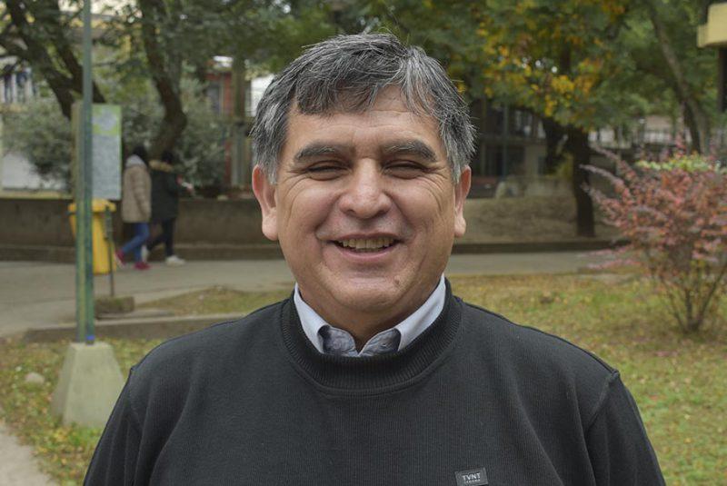 Dr. Víctor Serrano